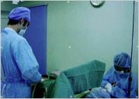 永久院長の手術風景